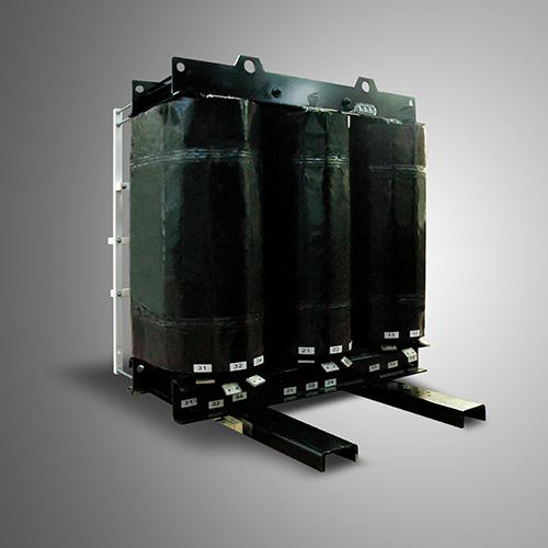 Transformateur triphasé de 800 KVA
